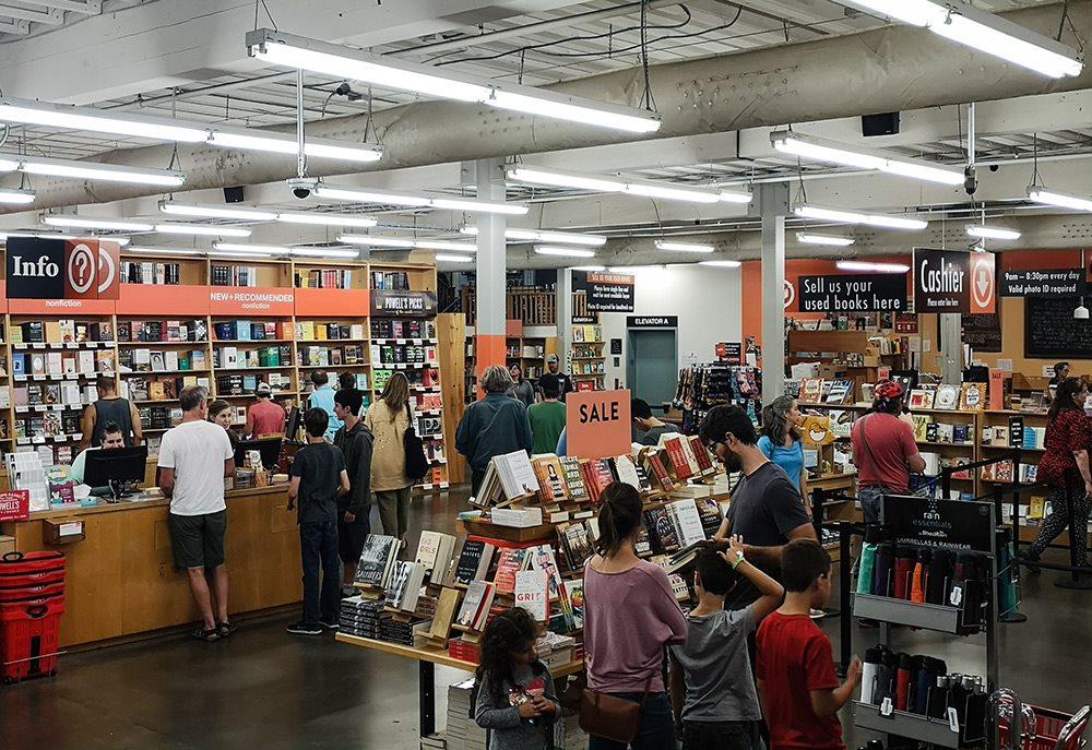 powells books in portland oregon